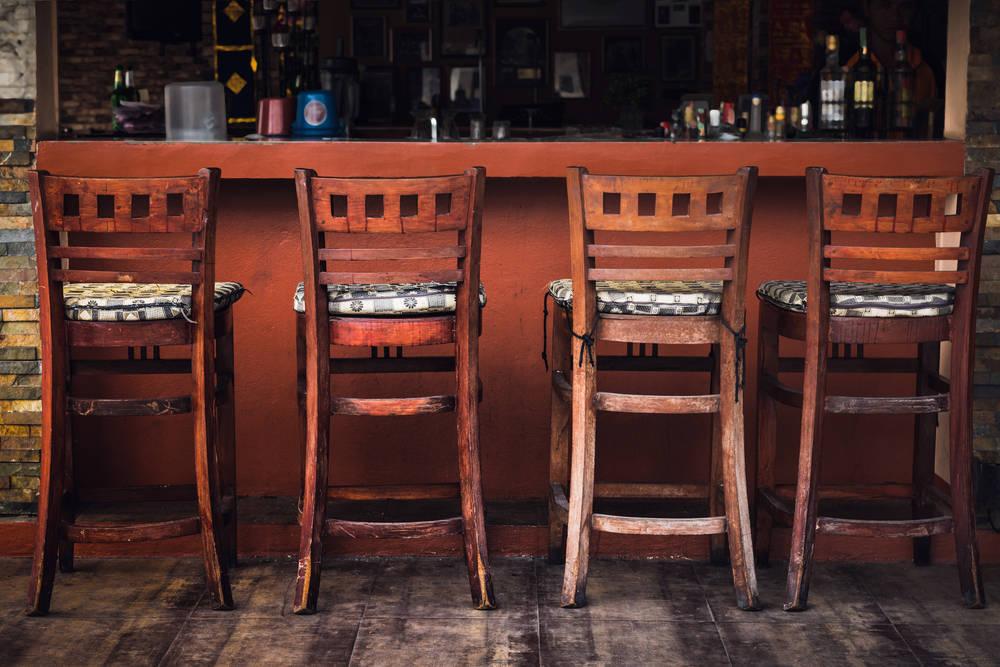 J. Valls, proveedores de sillas, taburetes y mesas de madera