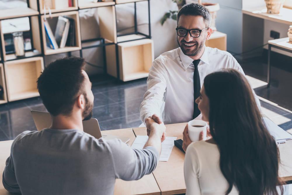 Cómo elegir el asesor que mejor te conviene